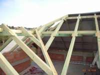 Roof structure on family house